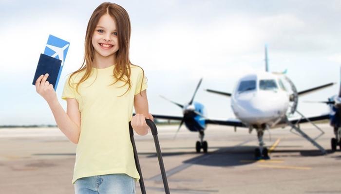 Giấy tờ cho hành khách là trẻ em và em bé
