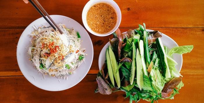Gỏi Nam Ô đặc sản nổi tiếng chỉ có tại làng Nam Ô Đà Nẵng