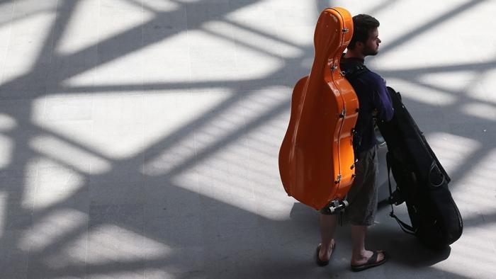 Nếu bạn muốn mua thêm chỗ cho guitar cần đặt trước 48 tiếng
