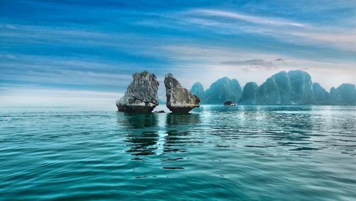 Vịnh Hạ Long địa điểm du lịch hấp dẫn du khách nhất thế giới