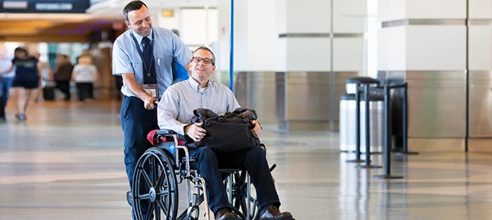 Cung cấp dịch vụ xe lăn cho hành khách khuyết tật