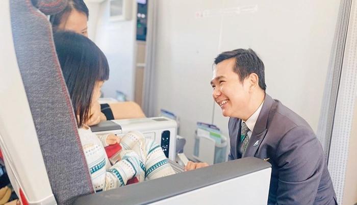Bamboo Airways khuyến mãi mua 1 vé người lớn tặng 1 vé trẻ em
